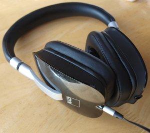 Hifi Review - NAD Viso HP50 Headphones