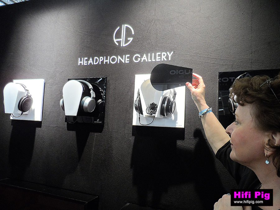Headphone_GalleryS