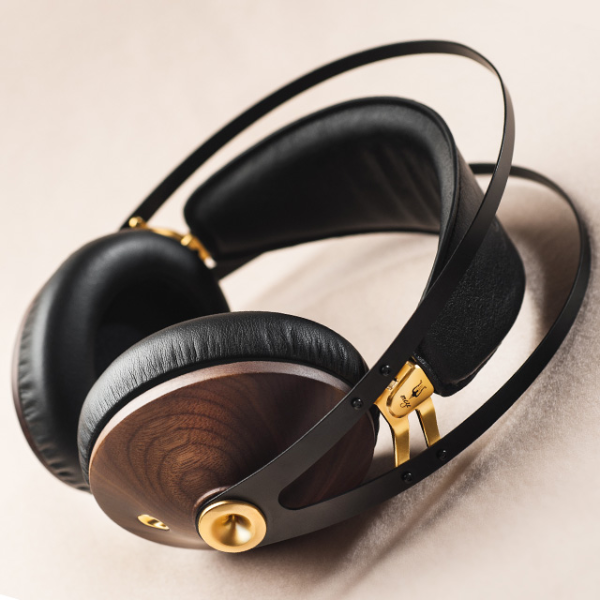 Meze Launch 99Classics Headphones