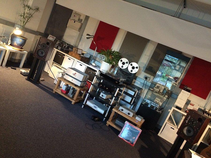 Music_First_Studio_Room_online