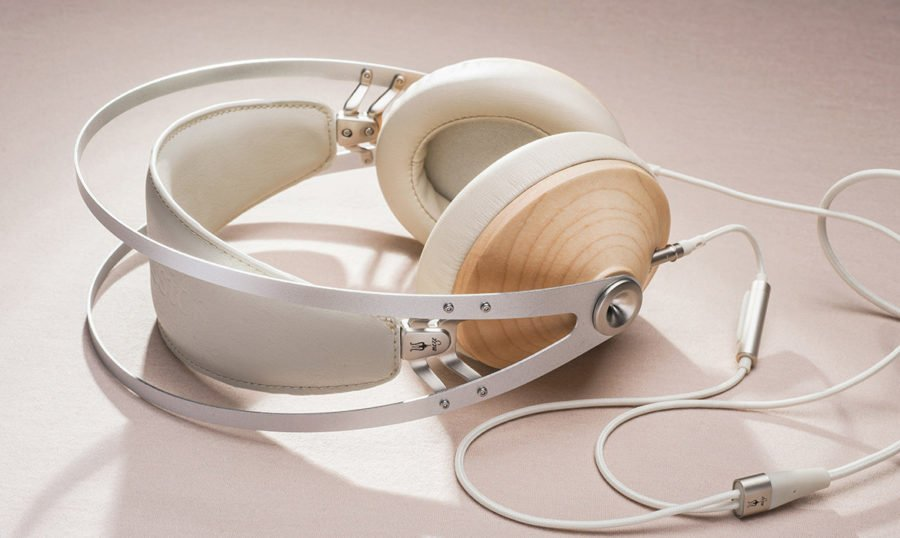 99-classics-maple-silver-lifestyle4-1