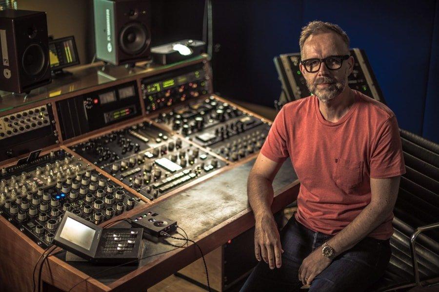 Stuart Hawkes Uses Chord Electronics' Hugo 2 DAC | Hifi Pig