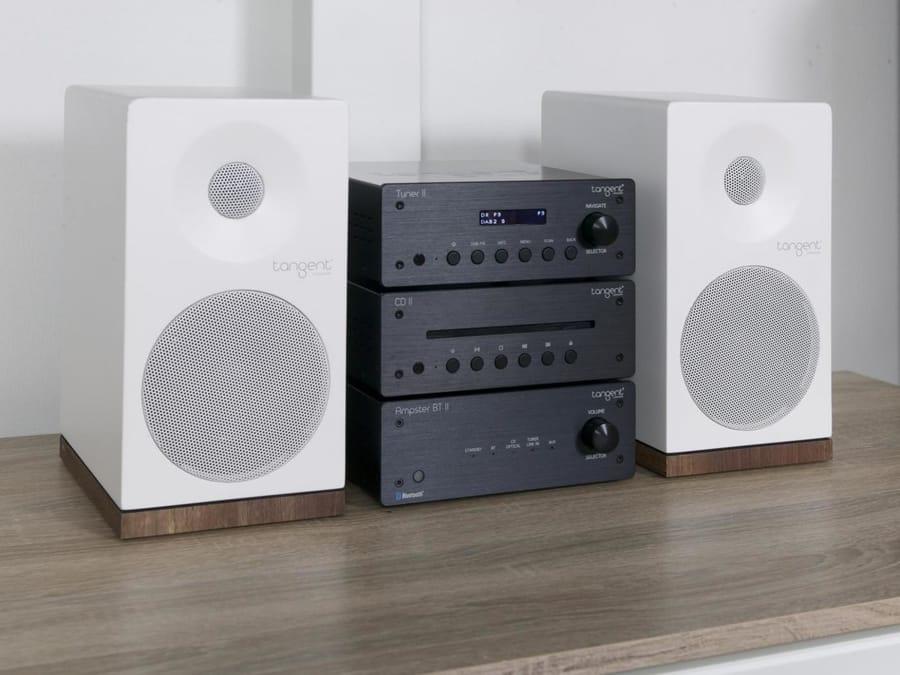 Kihangosító funkcióBemeneti csatlakozók: Audio, sztereo (3.5 mm.