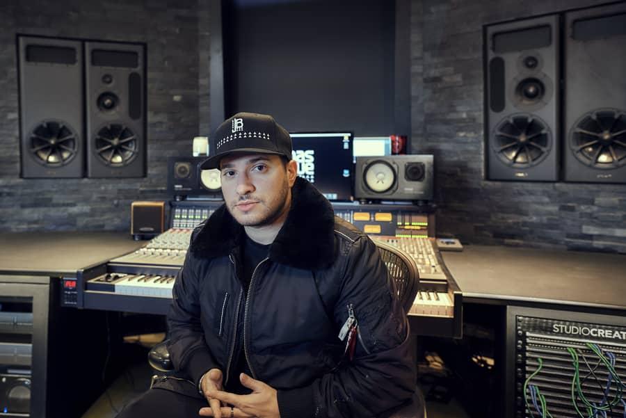 DJ Jonas Blue chọn loa kiểm âm PMC MB3 XBD-A làm
