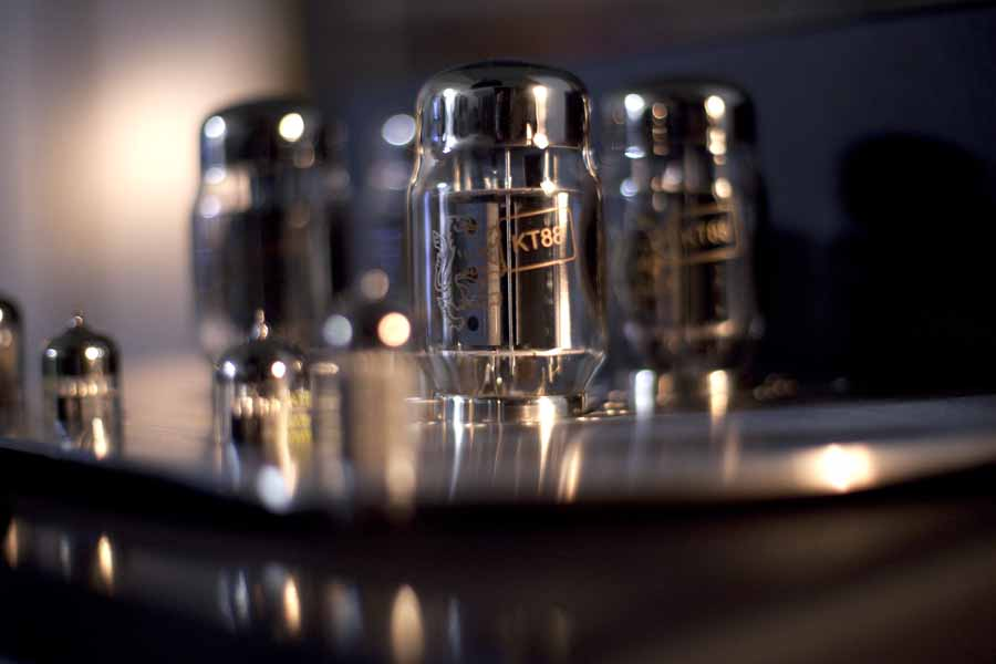 Synthesis A50 Taurus Integrated Amplifier showing KT88 valves