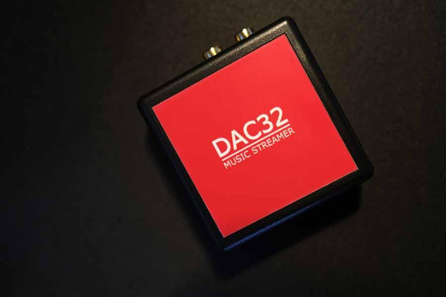 DAC 32