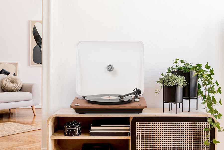 Elipson Chroma 400 Turntables In Real Wood Finishes