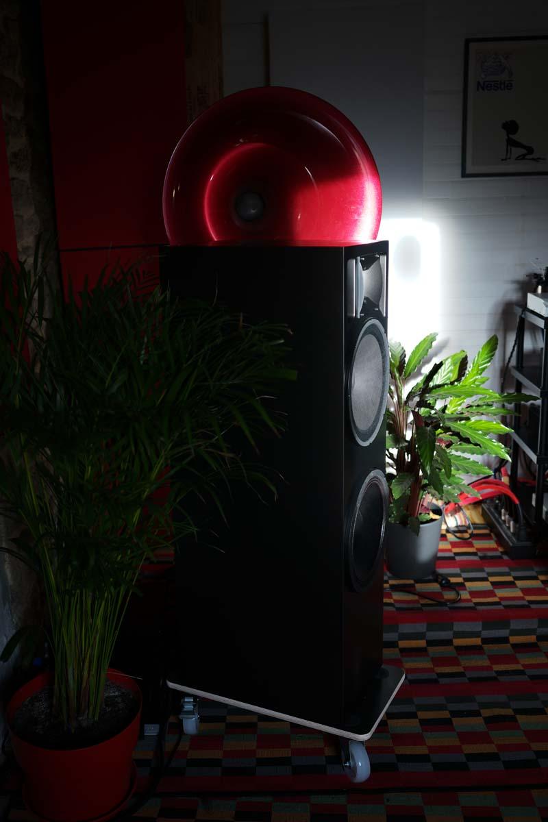 totaldac d100 loudspeaker review 7