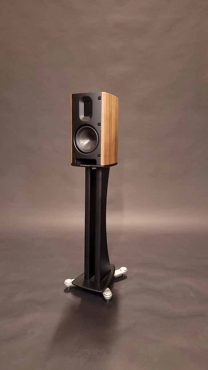 Scansonic MB-B Line Speakers In Walnut Veneer